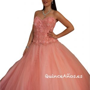 Vestido Rosa con Corsé de acabado floral falda larga