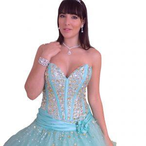 Vestido turquesa palabra de honor falda ancha pedrería