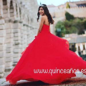 Vestido rojo quince años